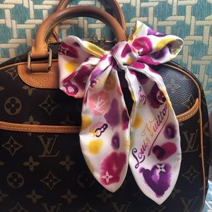 🦄Rare Louis Vuitton Bandeau🦄